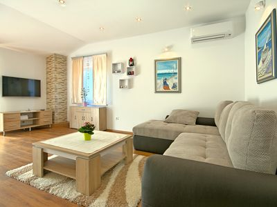 Photo for Apartment with two bedrooms near Poreč and the sea