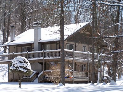 Catskill Mountain Chalet with Fireplace