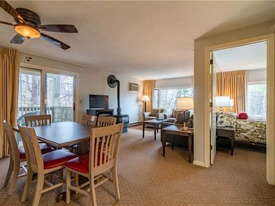 Photo for 220 Mountainside Dr, Unit E202: 2 BR / 2 BA  in Stowe, Sleeps 6