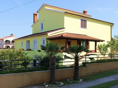 Photo for Cheap apartment only 500 meters to the beach with kitchen, air conditioning, garden, barbecue, pets allowed