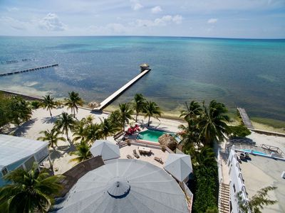 Beachfront 8BR villa with private pool!