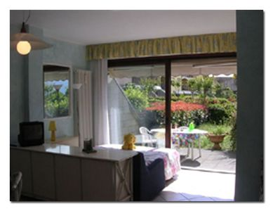 Photo for Cozy studio in a nice holiday resort with pool