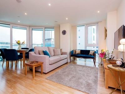 Photo for Modern 3 BR apt in East London with balcony. 1 min away from tube (Veeve)