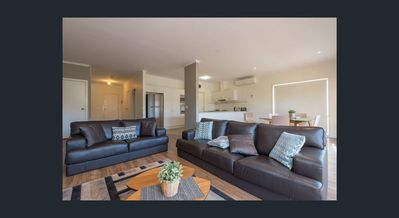 Photo for The Retreat Lakes Entrance - 3 bedroom Townhouse on Esplanade