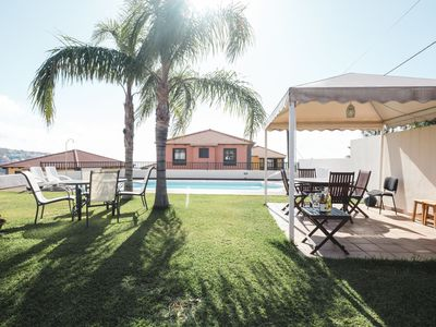 Photo for This 3-bedroom villa for up to 6 guests is located in Tenerife and has a private swimming pool and W