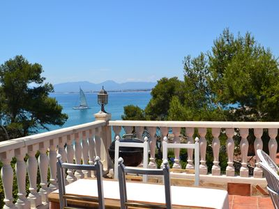 Photo for Paraiso:Terrace with sea view & barbecue,50 m from creeks of Cap Salou-Free wifi & linen-Optional AC