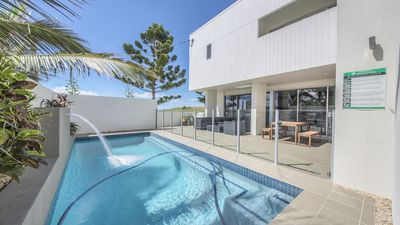 Photo for Beachfront Emu Park With Pool