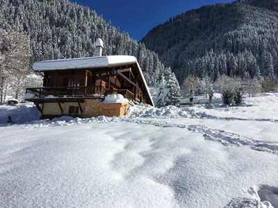 Photo for Chalet Les Perches 10/12 people skiing in Arêches Beaufort