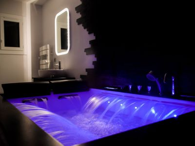 Photo for Romantic apartment 42m² jacuzzi private sauna between cannes - saint tropez