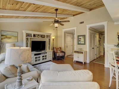 Photo for 2407 Lighthouse Tennis - 2 Bedroom, Pool & Tennis on site. Bike to Beach!