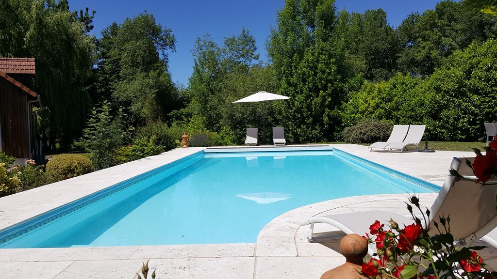 Charm Near River Swimming Pool Jacuzzi Gym 12 To 15 People Cellettes Centre Rentbyowner