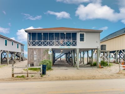 McInnes 764 Vagabond Oceanfront house on south end of Pawleys with dock