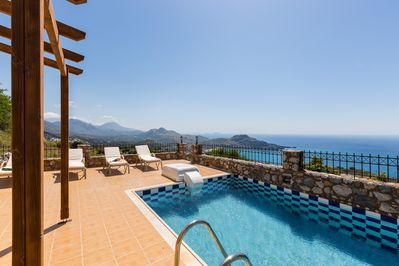Villa Michalis has a private 25m2 swimming pool.