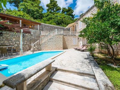 Photo for Beautiful villa with swimming pool only 7 km away from the Old town of Dubrovnik