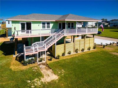 NEW Look! The Salty American  | 1 short block to beach in quiet subdivision.