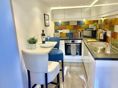 Photo for The Little Apartment: A cosy modern apartment close to East Midlands Airport