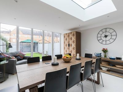 Photo for Monthly discount!  5BR home w/ garden&parking, in Battersea