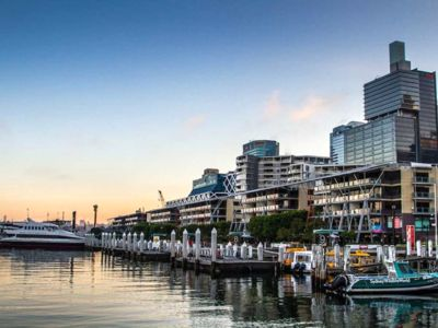 Photo for ★Private 5 Star apartment in Darling Harbour★