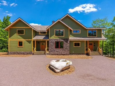 Photo for Summit Manor- 5 bedroom lake area/golf area home with fire pit and hot tub