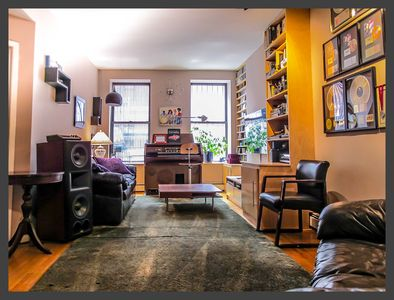 Comfy Top Rated Apt In Manhattan Hells Kitchen Nyc Ny 178 5 Star Reviews