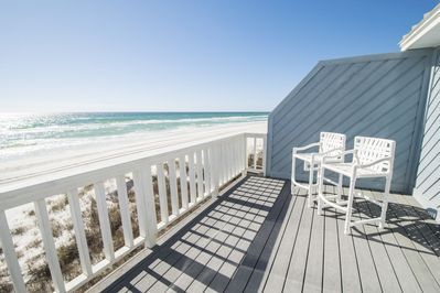 Three Steps to the Beach ~ Newly Remodeled ~ Paradise Properties