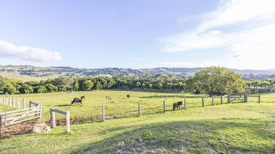 Photo for Tooraloo Farmstay Sunset Cottage Byron Bay. Hinterland Views, Pool, Pet-Friendly