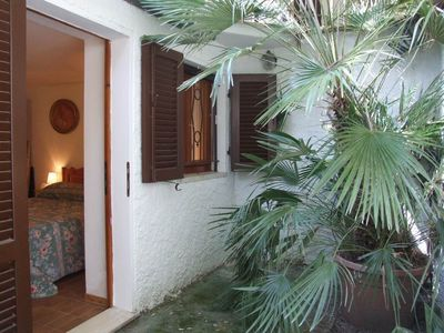 Photo for Elegant apartment by the sea. Le Camelie