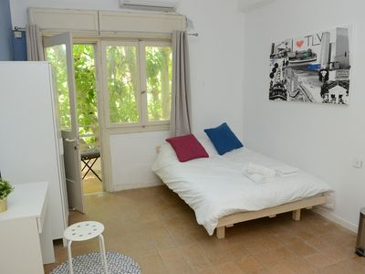 Photo for ROOM WITH BALCONY IN THE HEART OF FLORENTIN WITH FREE NETFLIX-25