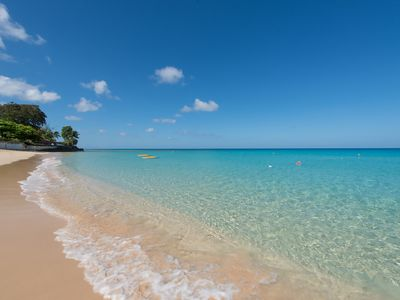 Largest and best value beachfront property, Glitter Bay, Holetown, 2-8 guests
