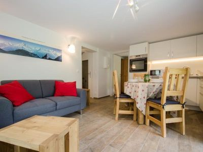 Photo for Apartment Chamonix-Mont-Blanc, 2 bedrooms, 4 persons