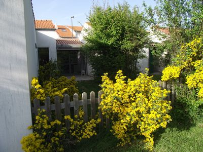 Photo for HOUSE AROUND A PATIO to AYTRE, NEAR LA ROCHELLE