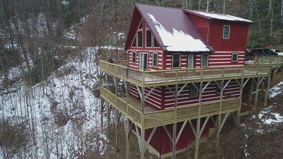 Photo for Stunning Cabin Between Boone, Blowing Rock, and Banner Elk, Wifi, Pool Table!