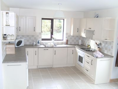 The fully fitted kitchen including dishwasher