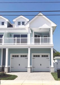 Beautiful And 2 YEAR NEW! ~ 4+Bdrm In Wildwood Crest ~ Near Beach And Boardwalk