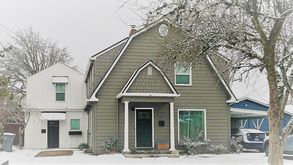Photo for 1BR Farmhouse Vacation Rental in McMinnville, Oregon