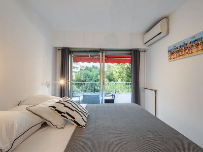 Photo for Comfortable F2 quiet behind Martinez - private parking - fully equipped
