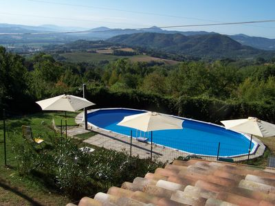 Photo for Panoramic Rustico with swimming pool between Umbria and Tuscany 1