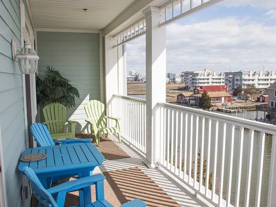 Photo for Sunset Island 4 HCW - 4F - Waterfront Condo, Premium Cable!