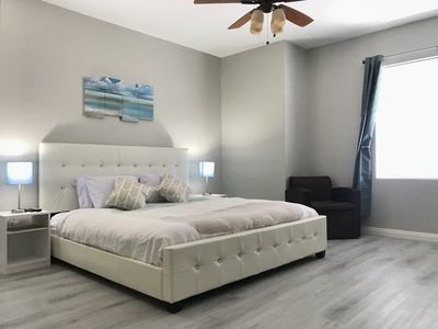 Photo for Luxury Master bedroom w/private bathroom