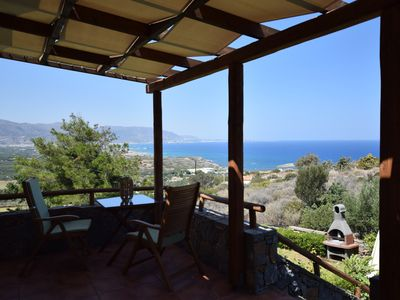 Photo for Quiet, comfortable appartment with garden and a beautiful sea view