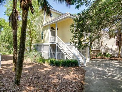 Photo for Pelican Bay 62: 3 BR / 3 BA home in Isle Of Palms, Sleeps 6
