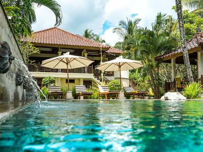 Photo for Bali's Finest, Luxurious Villa Tunjung with Private Pool&Staff -10min from Beach