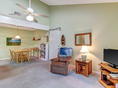 WEEKLY RATES IN JUNE REDUCED BY $250!  DON'T MISS THIS DEAL! PET FRIENDLY!