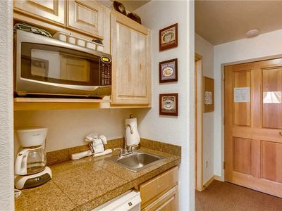 Photo for Affordable cozy condo with mountain views, great summer getaway