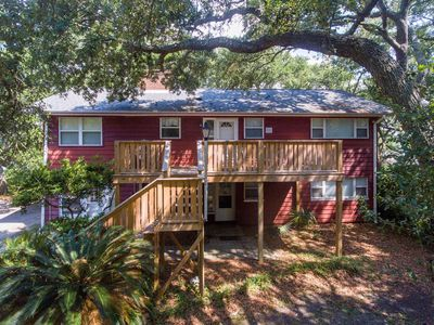Photo for 901 Palm Blvd. Great House On Deep Water W Dock Only 3 Blocks To Beach