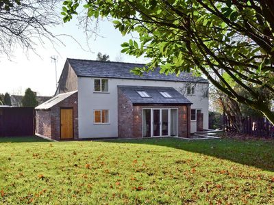 Photo for 4 bedroom accommodation in Alvanley, near Frodsham