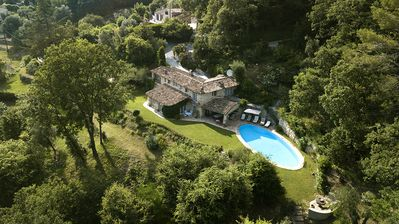 Photo for Air conditioned stylish, rustic villa with 15 meter pool and views of gorges
