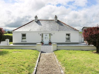 Photo for CLUNY LODGE, pet friendly in Castlerea, County Roscommon, Ref 954260