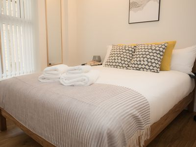 Photo for Wonderful Bright Central Apartment Sleeps 4