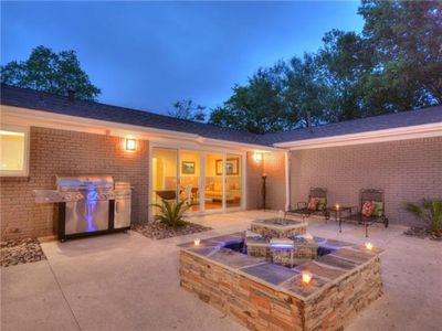 Photo for Close to downtown, Zilker park, spacious oasis, book your group for SXSW 2019!